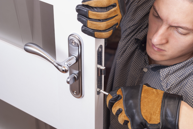 Professionals - Locksmith cost